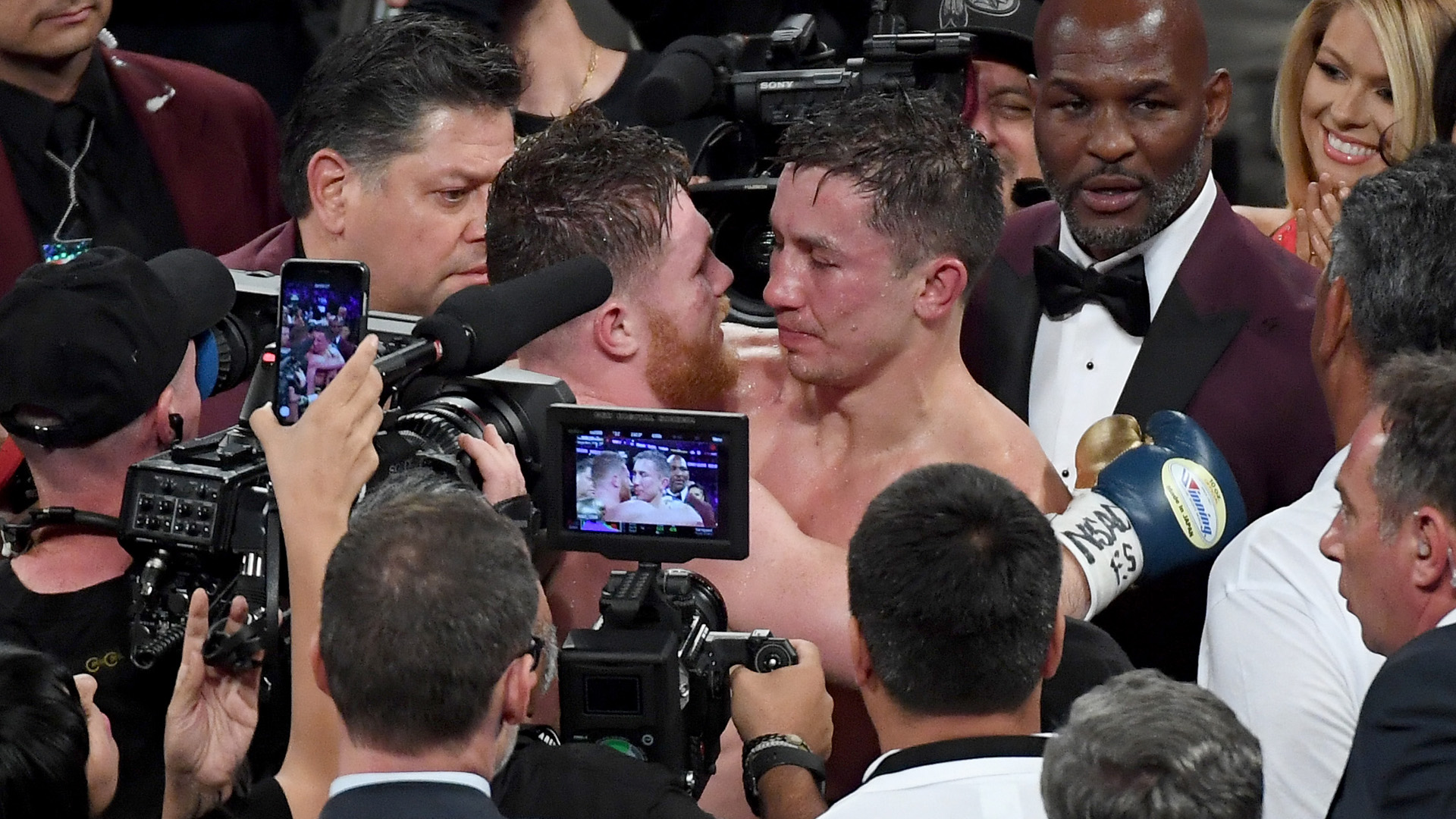 Judge gets punished for ABSURD GG vs Canelo scorecard