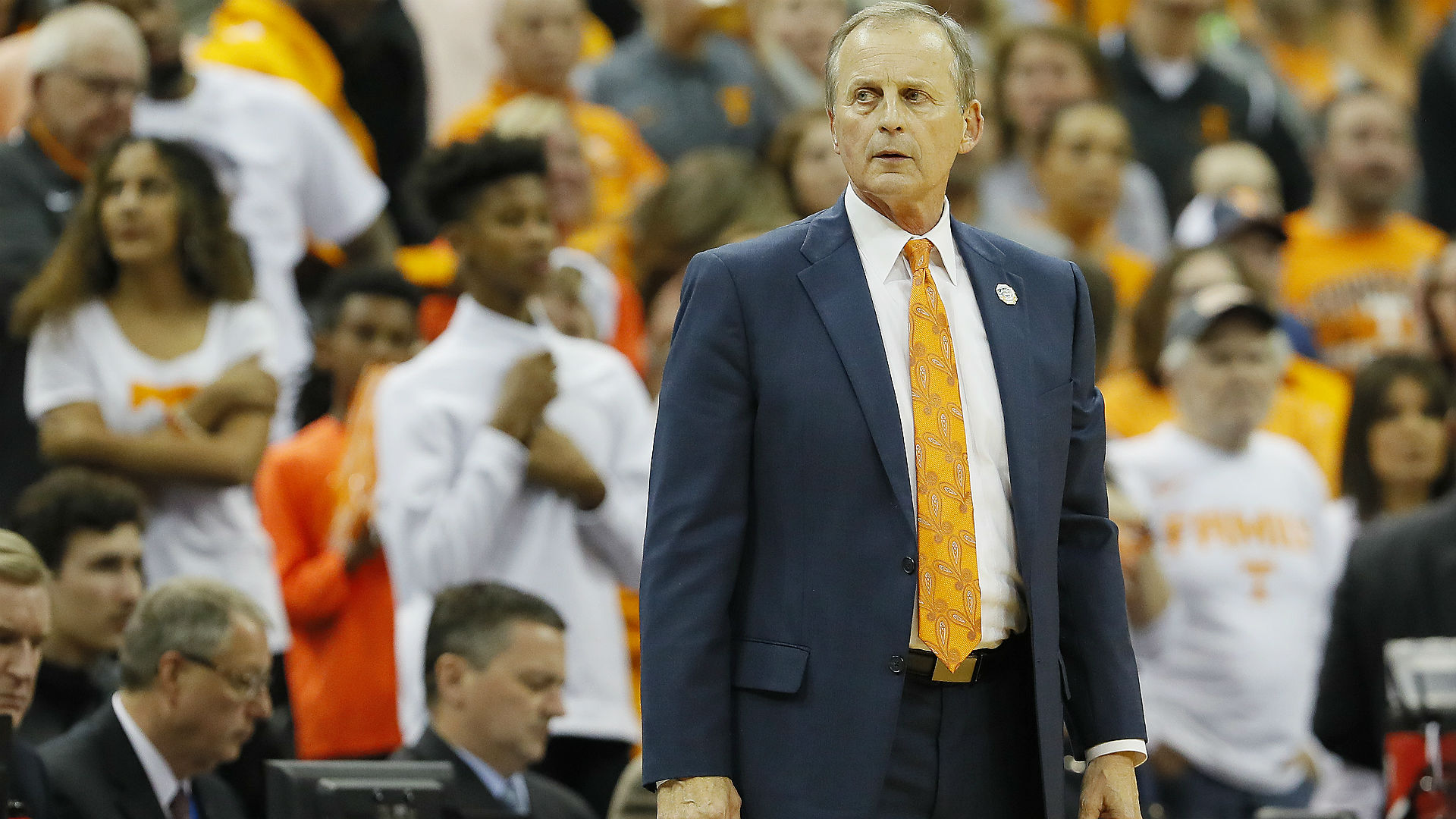 Rick Barnes torn between Tennessee, UCLA
