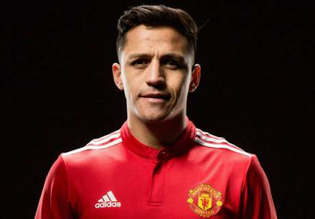 Alexis becomes best-paid player in PL history