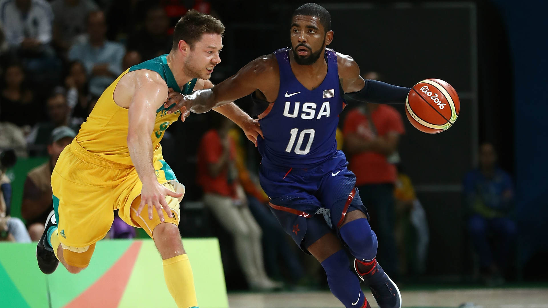 Carmelo Anthony becomes the United States' all-time leading scorer in the Olympics