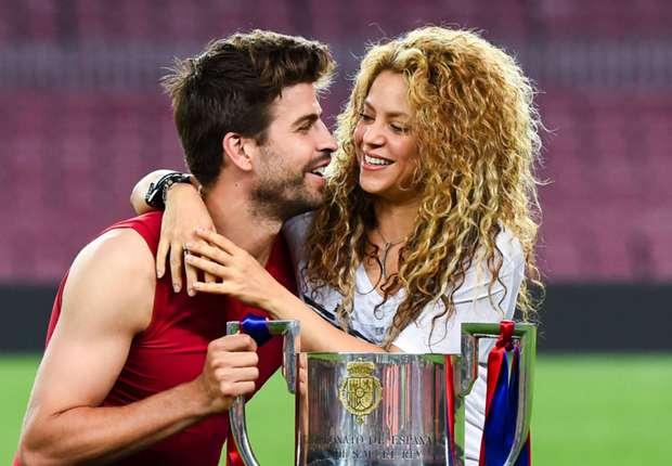 'Shakira banner is horrible, it damages your eyes' - Barcelona mayor slams Espanyol fans
