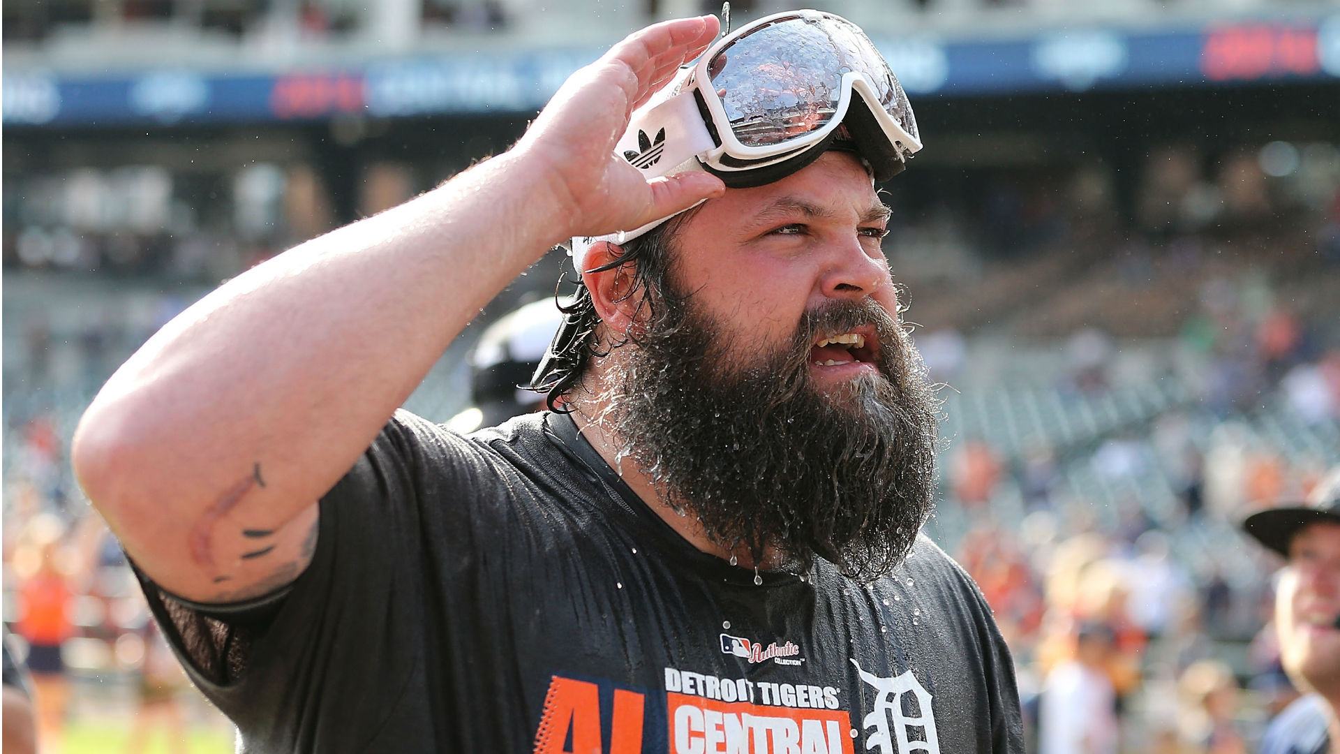 Tigers designate Joba Chamberlain for assignment, activate Alex Avila from DL