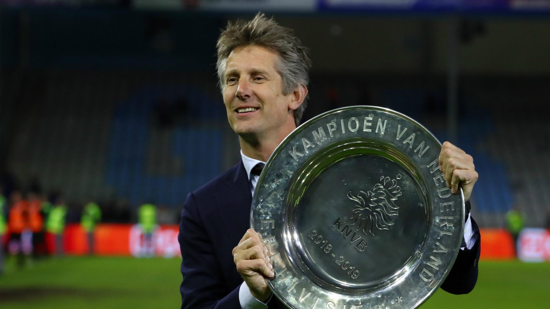 Van der Sar focused on Ajax amid reports of Man Utd role