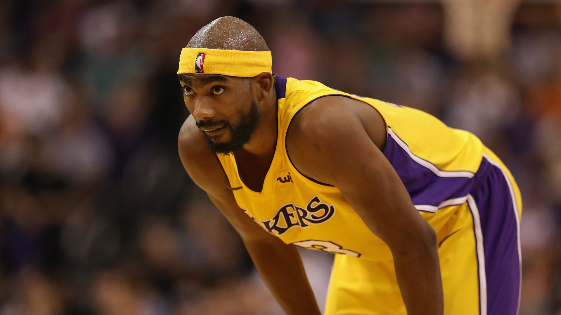 Lakers waive Brewer, lose Hart to hand injury