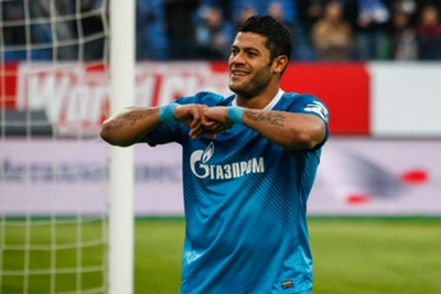 Russian Premier League Wrap: Hulk treble sends Zenit top as Lokomotiv held