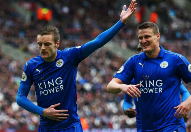 Leicester City goalscorers Jamie Vardy and Robert Huth