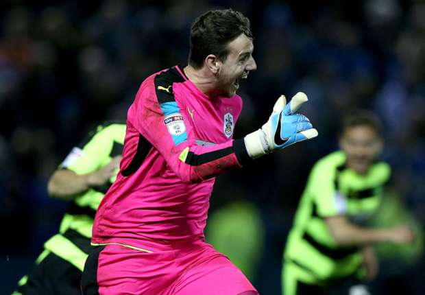 Danny Ward's heroics send Huddersfield Town to Wembley