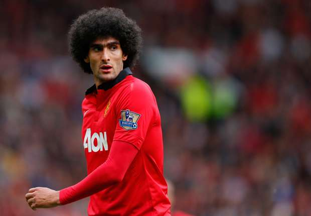 Manchester United midfielder Fellaini suffers hamstring blow on road to recovery