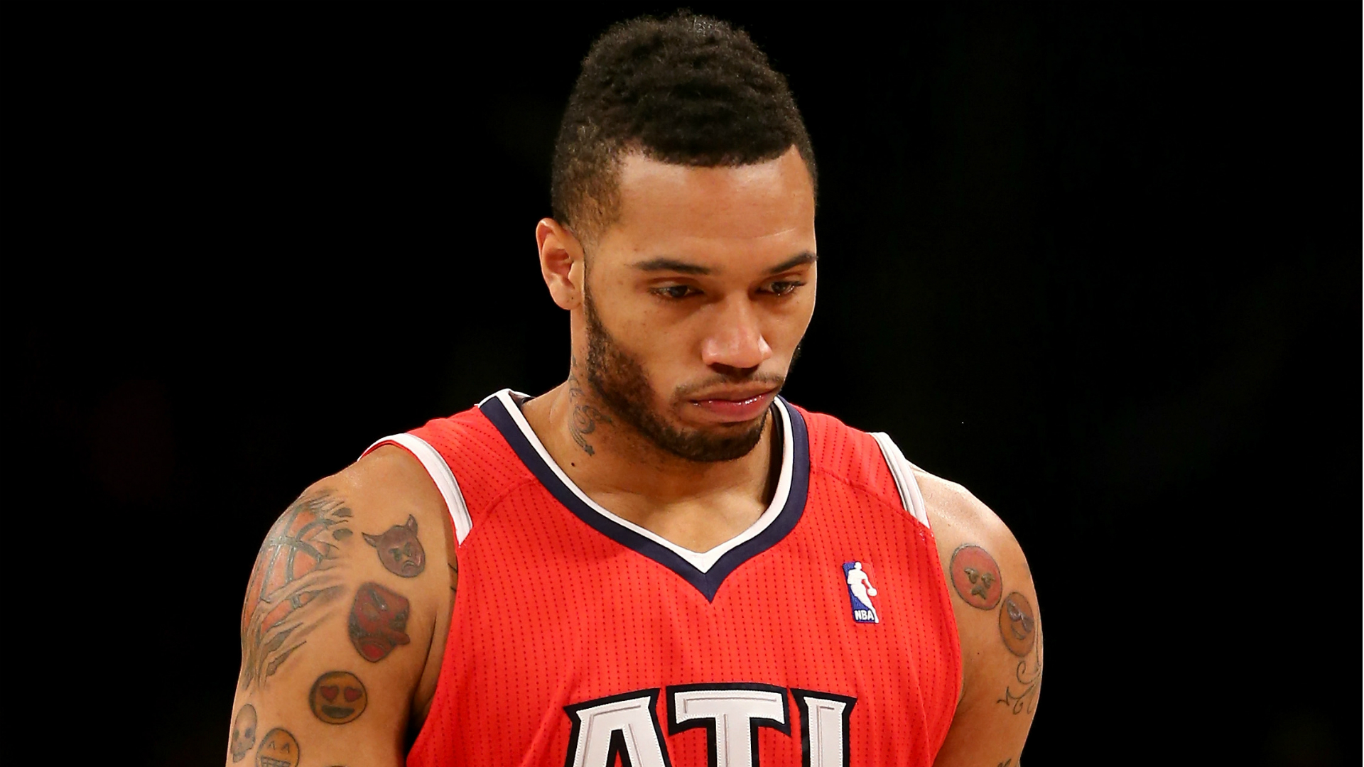 Hawks' Mike Scott allegedly caught with marijuana and MDMA