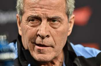 Tabarez to continue as Uruguay boss despite illness