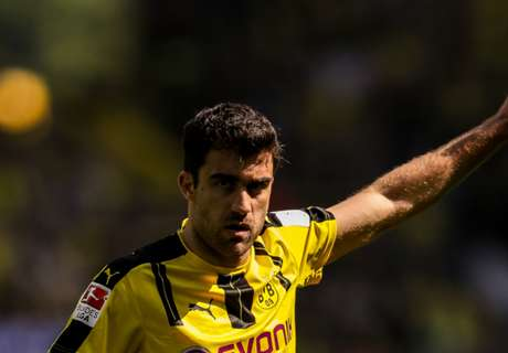 Sokratis hints at Dortmund exit