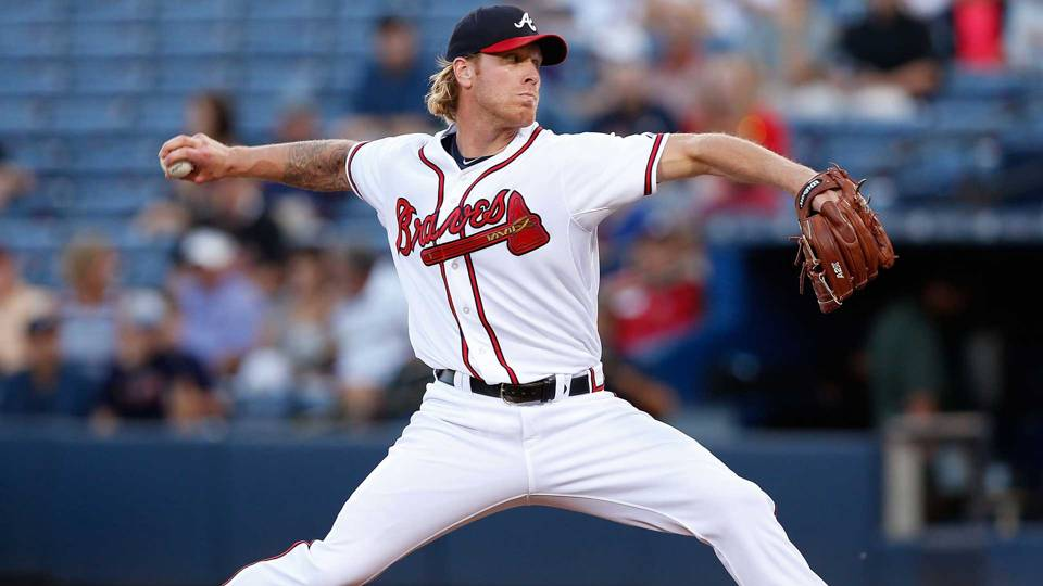 Bizarre day: Braves P Mike Foltynewicz loses arbitration, welcomes new son