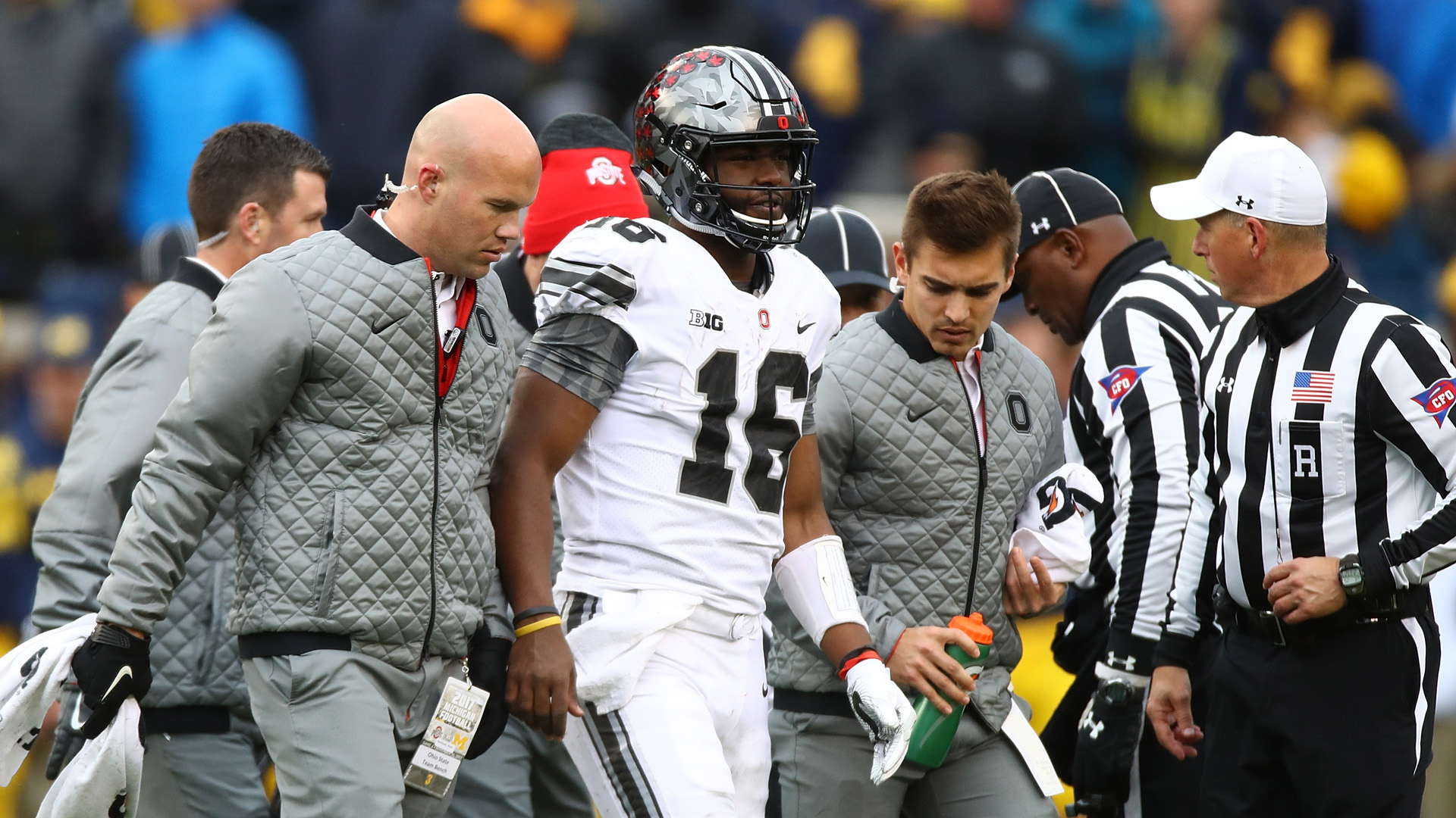 No. 9 Ohio State beats MI despite losing JT Barrett to injury