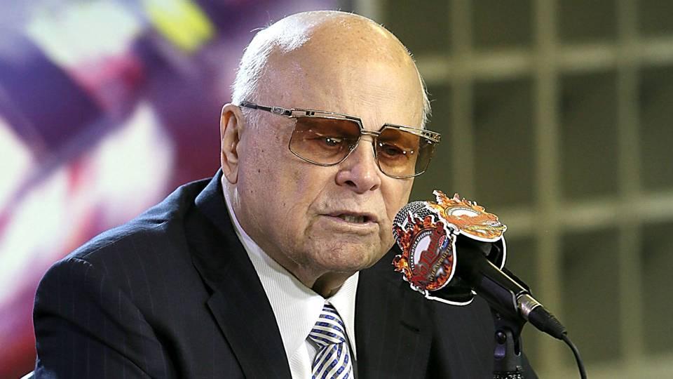Carolina Panthers sale  Is NASCAR mogul Bruton Smith the leading ... baf8e2238