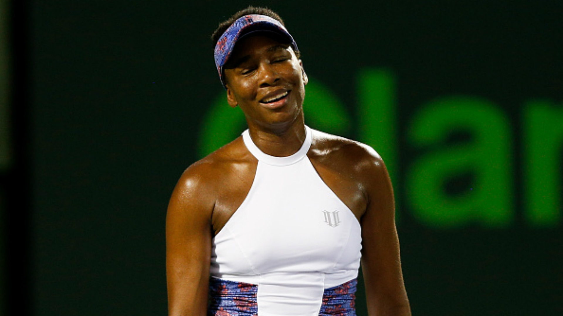 Qualifier Collins stuns idol Venus