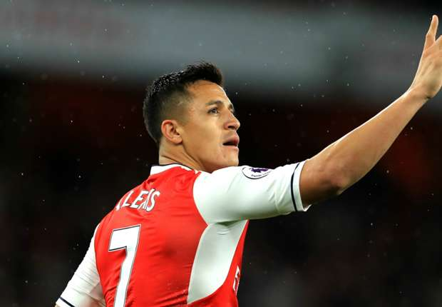 Alexis Sanchez netted a double to help Arsenal to a 2-0 win over Sunderland