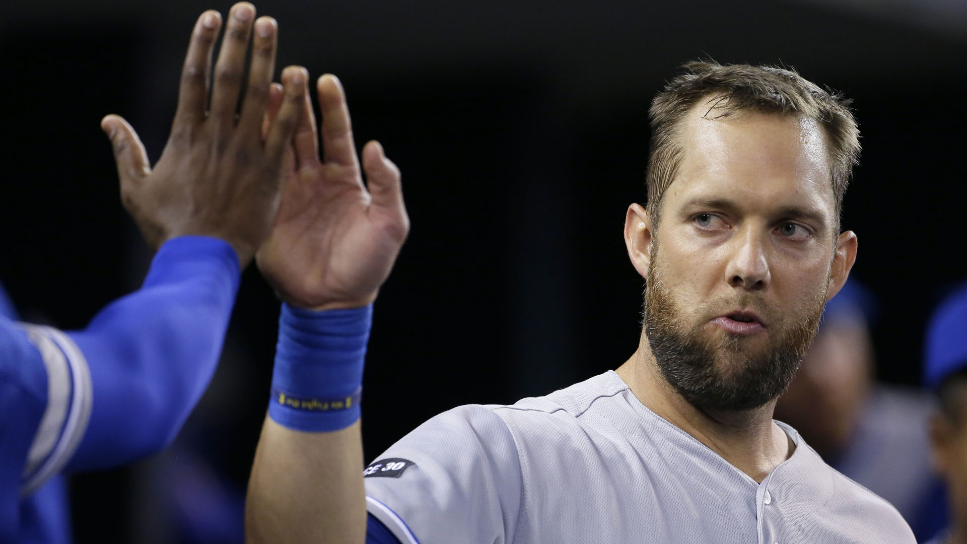 Blue Jays surrender record-setting homer to Royals' Alex Gordon