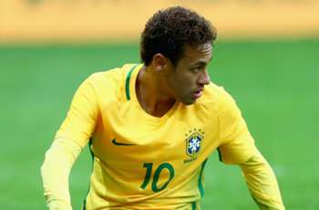 PSG and Brazil star Neymar expects to return in a month