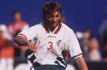 Former Bulgaria defender Ivanov dies at age 50