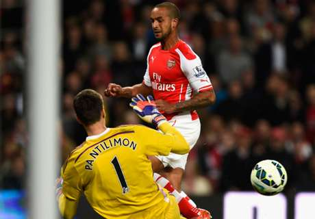 Walcott wallops West Brom