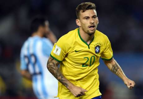 Lucas Lima yet to agree PSG deal