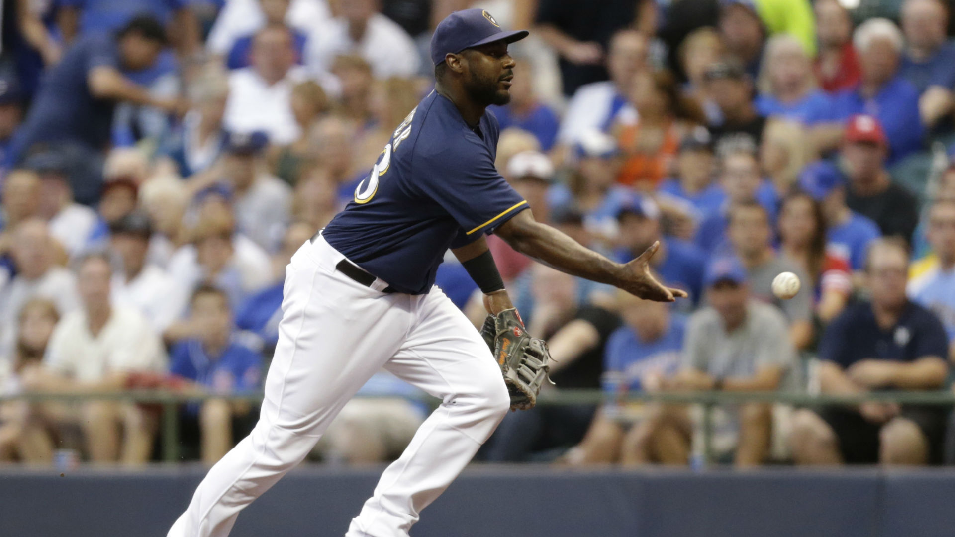 New York Yankees Close to Signing Chris Carter, Rays Lose Out