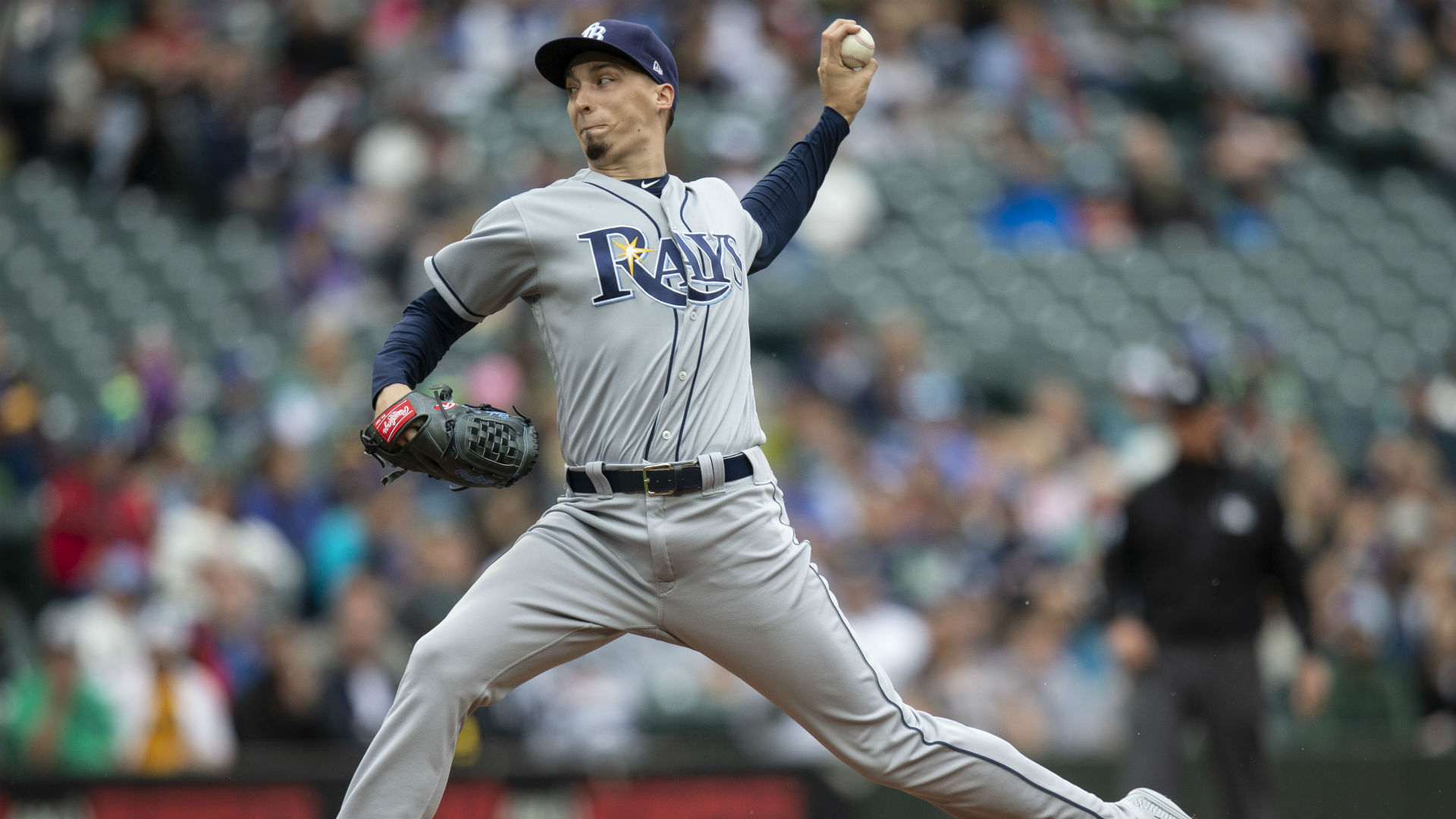 Rays' Blake Snell lands on IL after at-home mishap results in broken toe