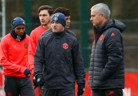 Mou could start Rooney in final