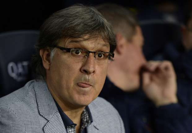 Martino: Barcelona must perform against Manchester City
