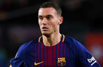 Injury-ravaged Vermaelen suffers fresh setback at Barcelona