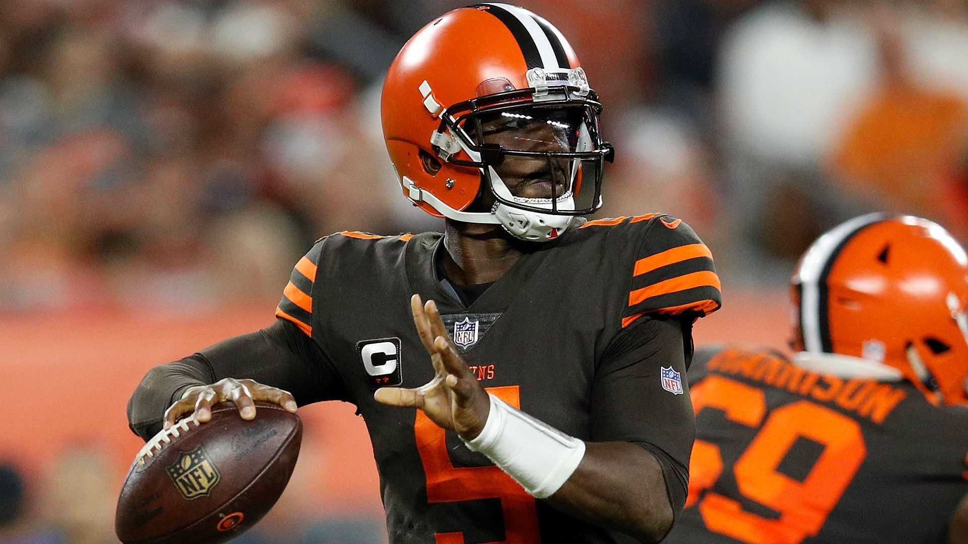 Tyrod Taylor frustrated by role with Browns, is 'very confident' he's still a winning quarterback