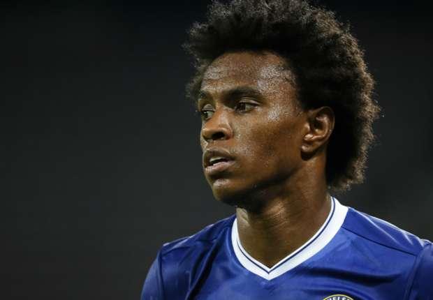 Chelsea star Willian flattered by Mourinho interest