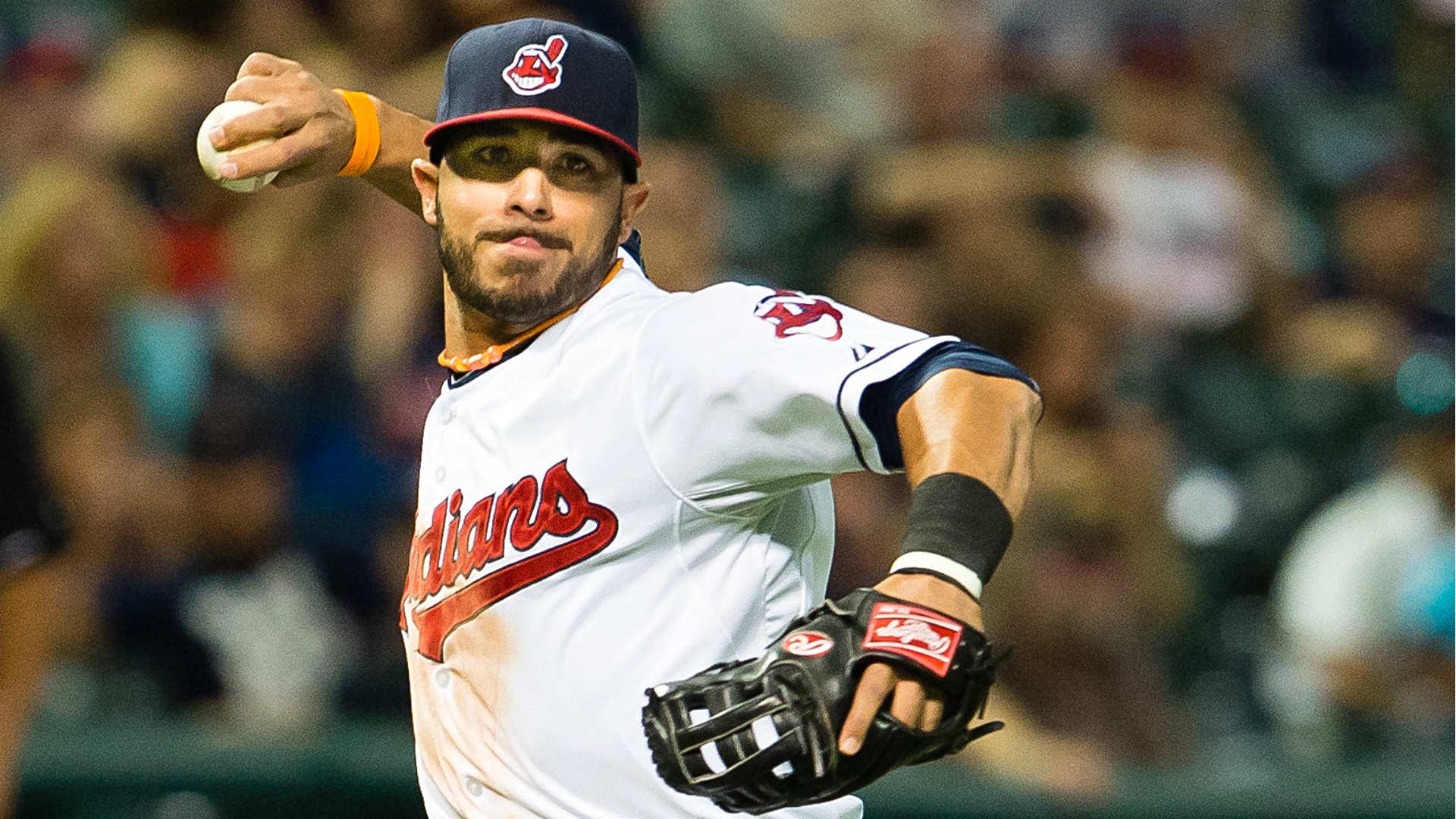 Cleveland Indians pick up option on versatile veteran Mike Aviles ...