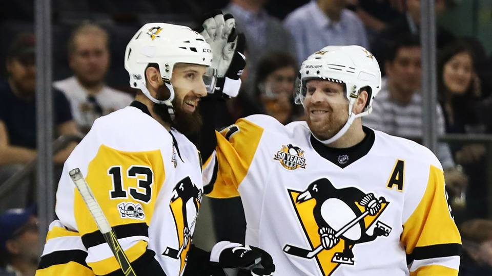 NHL playoffs 2017: Phil Kessel bails out Nick Bonino from car ...