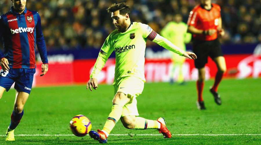 Lionel Messi is the best, says Amor