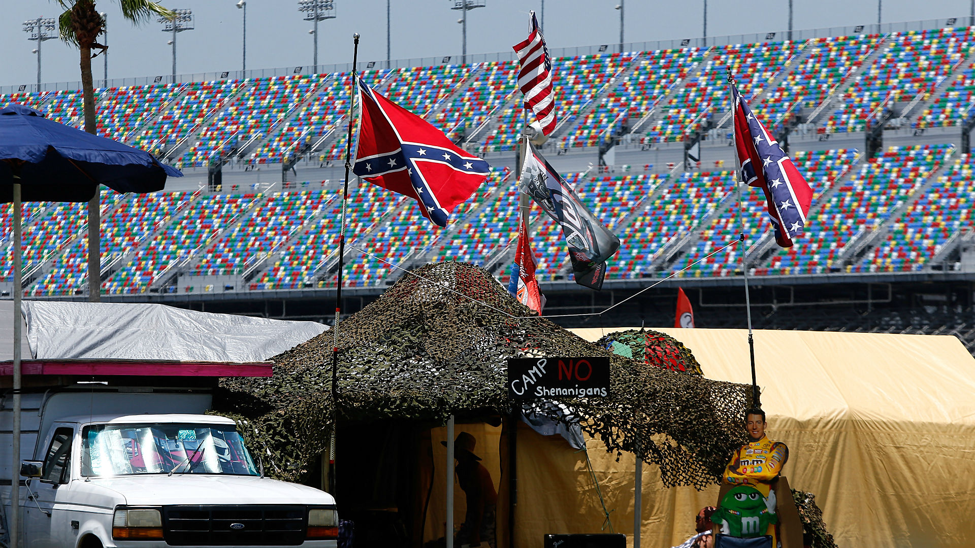 Confederate flags continue to fly at NASCAR's Daytona races