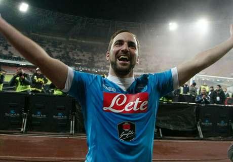 Higuain inspires Napoli to win