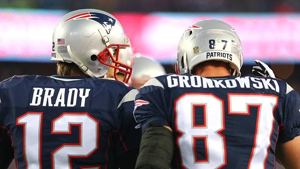 Brady-Gronkowski-012616-USNews-Getty-FTR