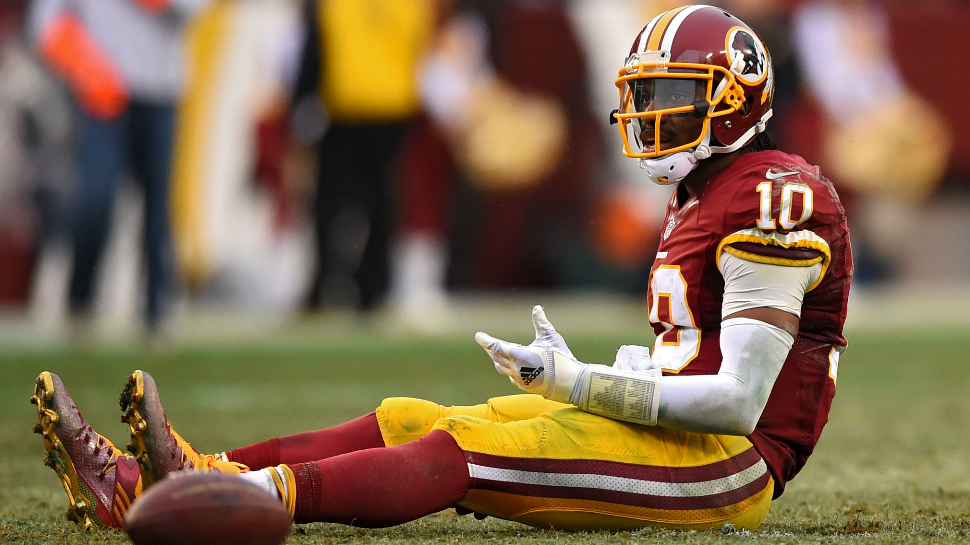 Mark Brunell doesn't believe Robert Griffin III will succeed in the NFL