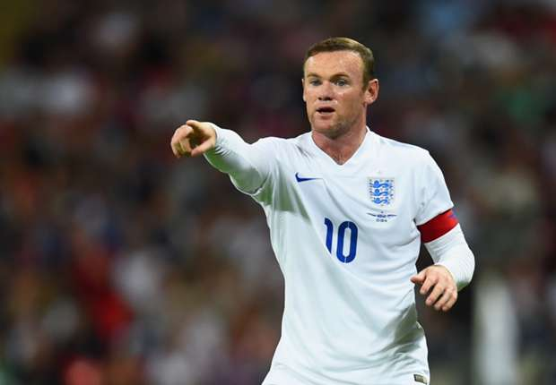 Scholes urges England to play Rooney in midfield
