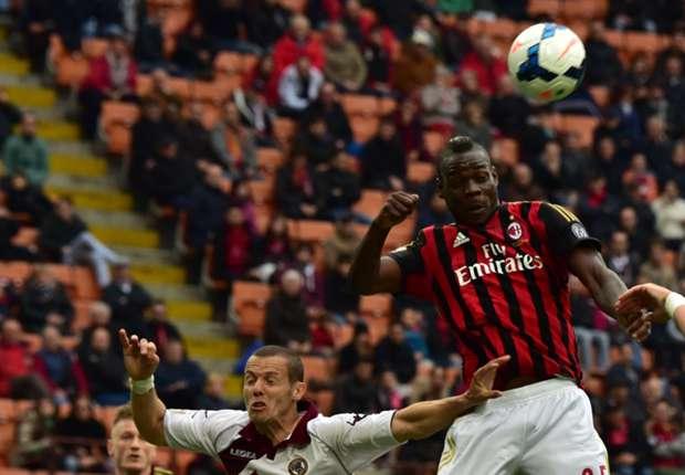 Balotelli en un partido con el Milan