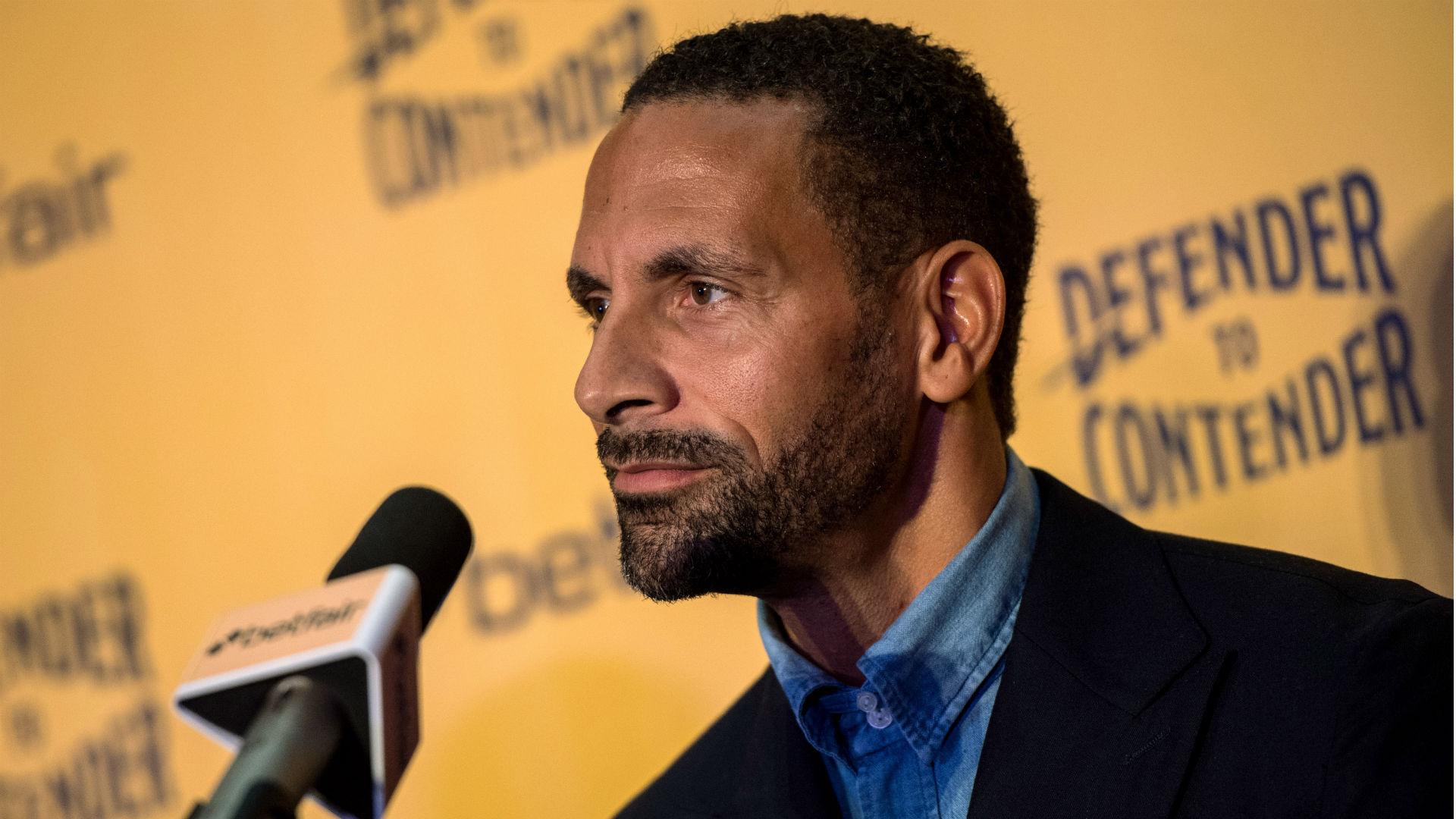 Manchester United : Rio Ferdinand voudrait prendre le poste de directeur sportif