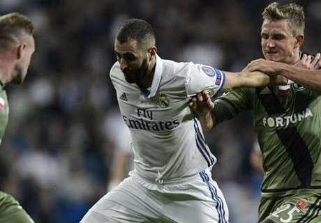 Benzema hits back at Hollande