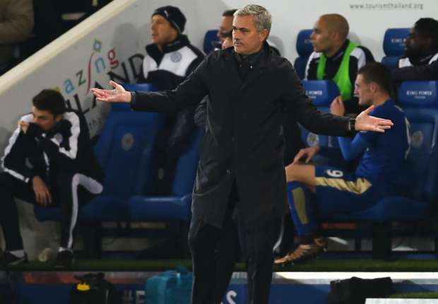 Hoddle: Mourinho's Chelsea exit just one of many surprises this season