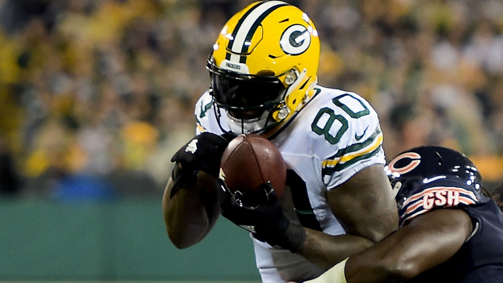 Packers release tight end Martellus Bennett