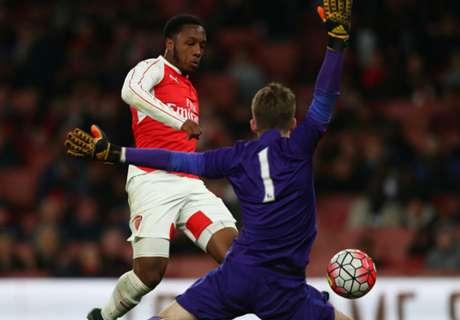 Wolfsburg signs Arsenal's Hinds