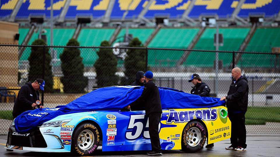 Rain expected at Kansas Speedway