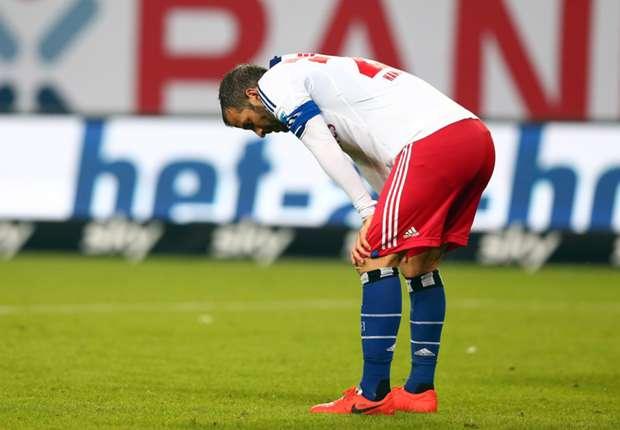 Van der Vaart demands Hamburg improvement