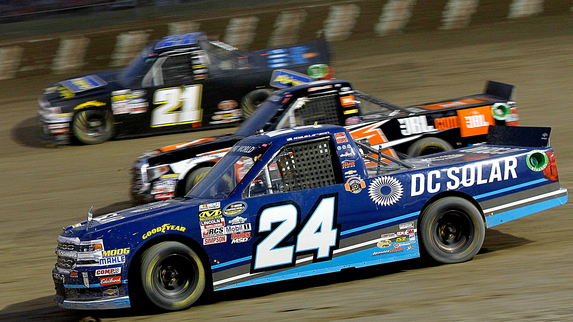 nascar truck series results at eldora kyle larson overcomes tire issues for dirt victory. Black Bedroom Furniture Sets. Home Design Ideas