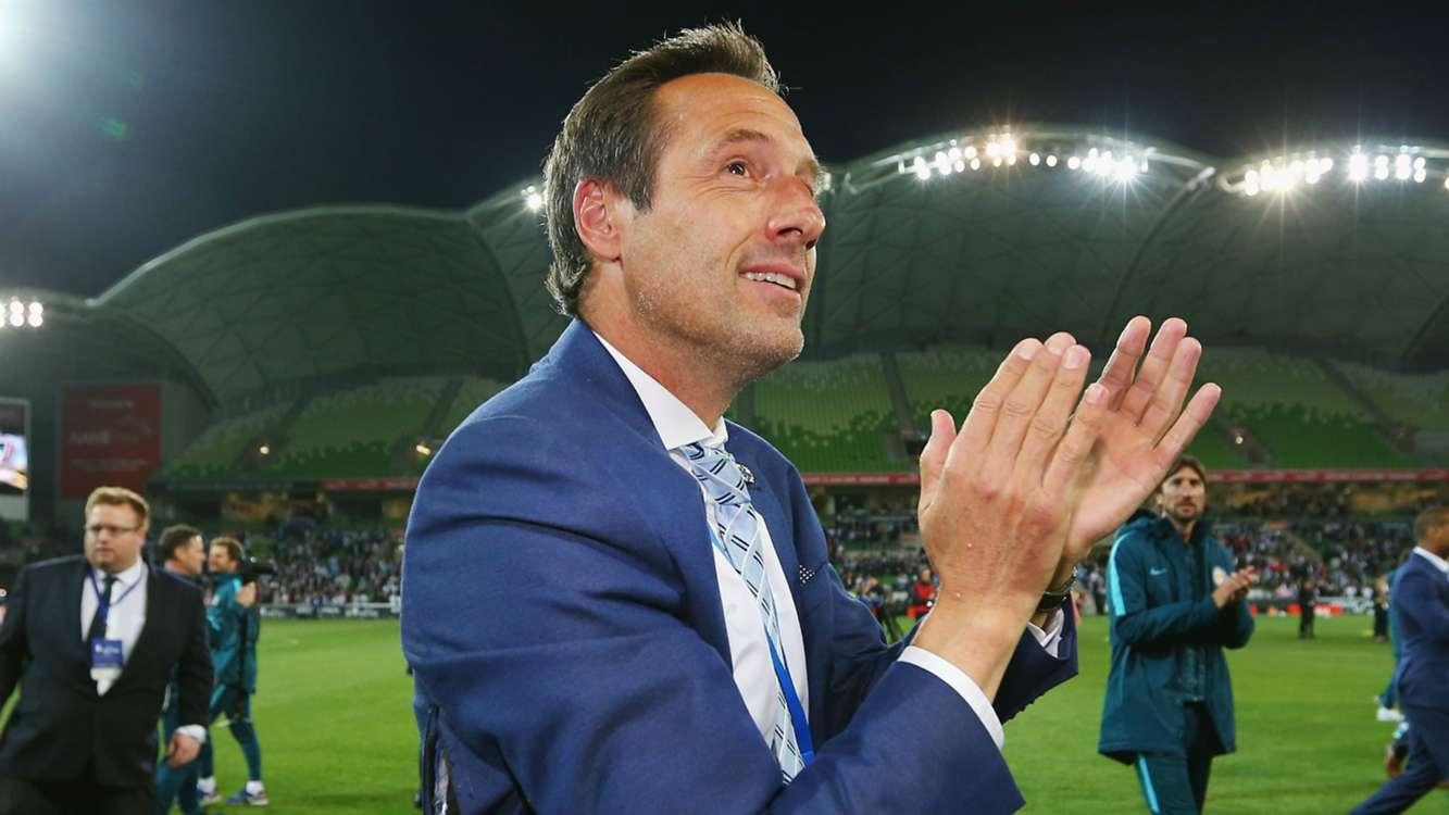 Van't Schip resigns as Melbourne City head coach